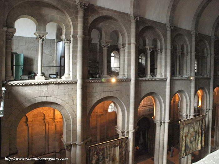 Catedral de santiago de compostela a garc a omedes for Interior iglesia romanica